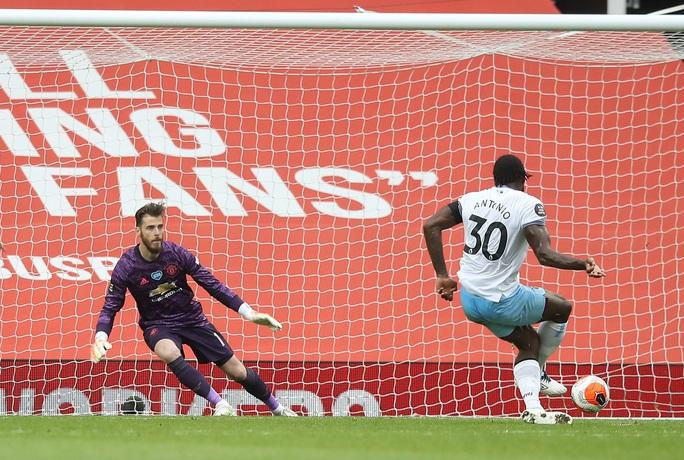Thần đồng giải cứu, Man United bay thẳng Top 3 Ngoại hạng - Ảnh 5.