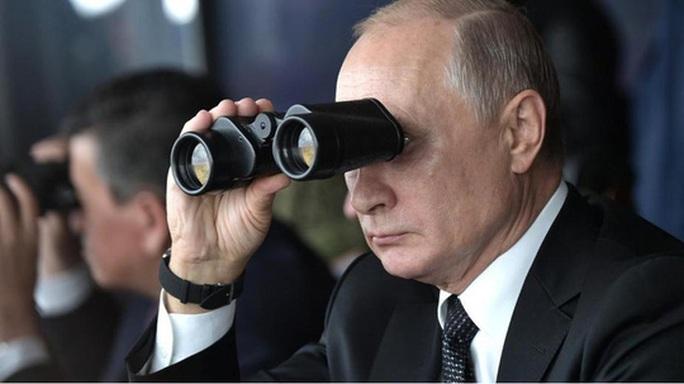 Xem không chớp mắt cuộc tập trận rầm rộ của Nga - Ảnh 2.