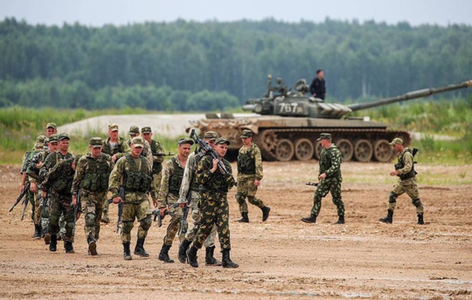 Xem không chớp mắt cuộc tập trận rầm rộ của Nga - Ảnh 4.