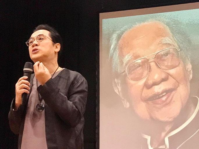 Nghệ sĩ Kim Cương, Thành Lộc xúc động trong kỷ niệm ngày sinh cố giáo sư Trần Văn Khê - Ảnh 1.