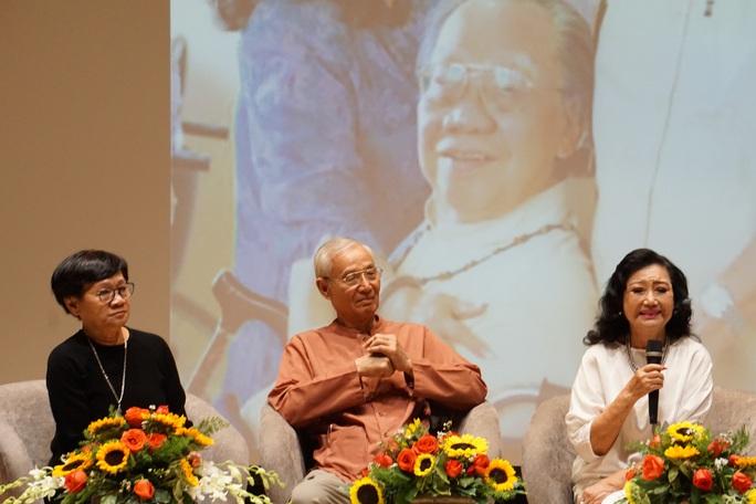 Nghệ sĩ Kim Cương, Thành Lộc xúc động trong kỷ niệm ngày sinh cố giáo sư Trần Văn Khê - Ảnh 2.