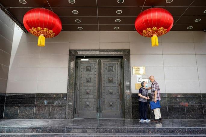 Mỹ ra đòn mạnh chưa từng thấy với nghiên cứu sinh Trung Quốc - Ảnh 2.