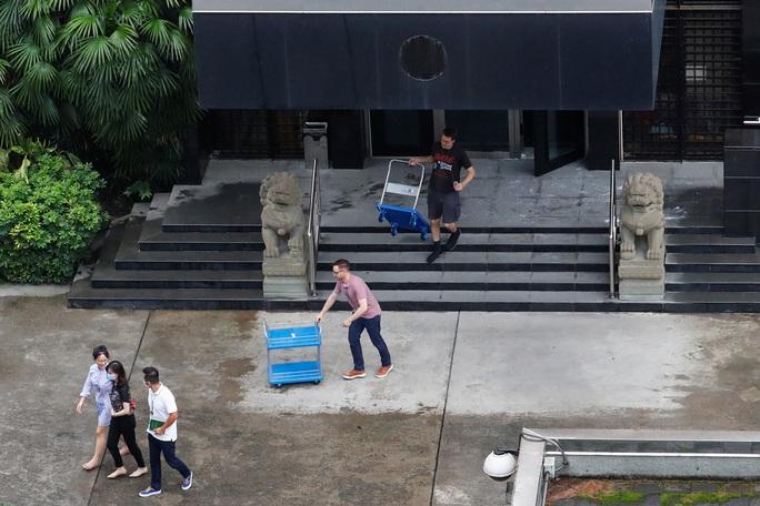 Trung Quốc tuyên bố không bỏ qua việc Mỹ phá khóa tổng lãnh sự quán ở Houston - Ảnh 6.
