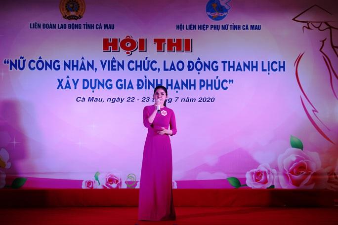 Phạm Ngọc Cầm đăng quang nữ công nhân, viên chức thanh lịch  - Ảnh 1.