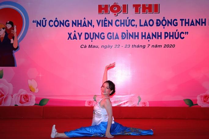 Phạm Ngọc Cầm đăng quang nữ công nhân, viên chức thanh lịch  - Ảnh 6.