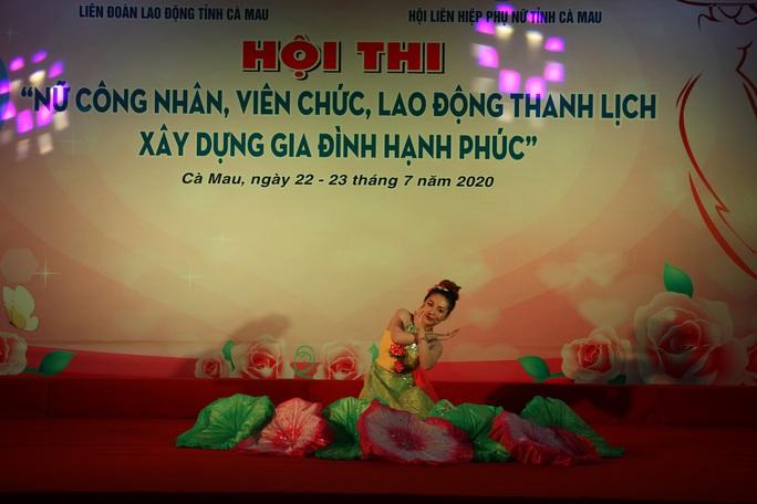 Phạm Ngọc Cầm đăng quang nữ công nhân, viên chức thanh lịch  - Ảnh 8.
