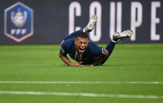 Chấn thương kinh hoàng, Mbappe chia tay Champions League - Ảnh 1.