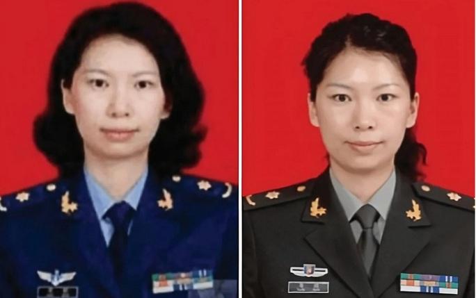 Nhóm người đeo khẩu trang phá khóa tổng lãnh sự quán Trung Quốc ở Houston - Ảnh 6.