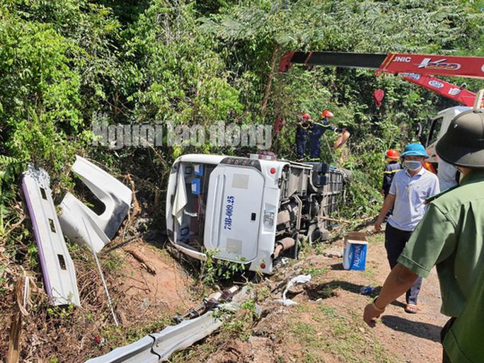 Cận cảnh vụ tai nạn thảm khốc ở khu vực VQG Phong Nha – Kẻ Bàng (Quảng Bình) khiến ít nhất 13 người tử vong - Ảnh 4.
