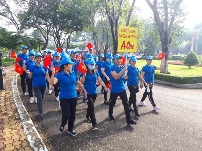 Nhiều hoạt động chào mừng ngày thành lập Công đoàn Việt Nam - Ảnh 1.
