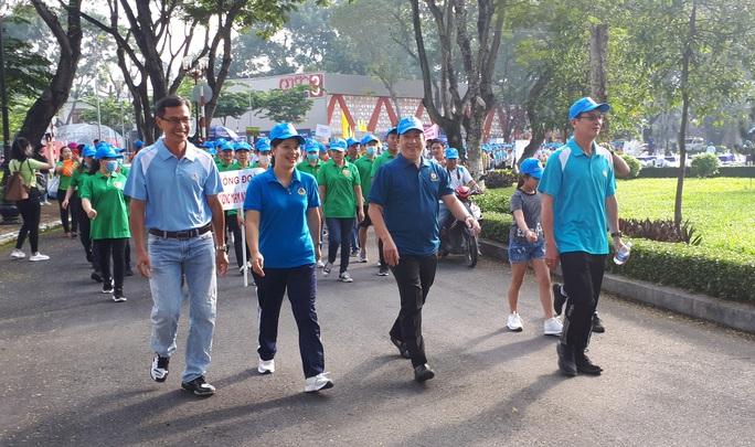 Nhiều hoạt động chào mừng ngày thành lập Công đoàn Việt Nam - Ảnh 2.