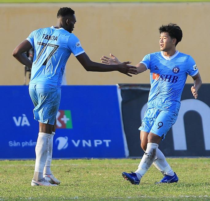Vì Covid-19, tạm dừng V-League, giải hạng nhất quốc gia - Ảnh 1.