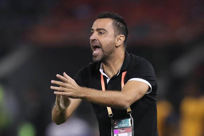 """Xavi """"dính"""" covid-19 vắng mặt, đội nhà Al-Sadd vẫn hạ đối thủ 2-1 - Ảnh 1."""