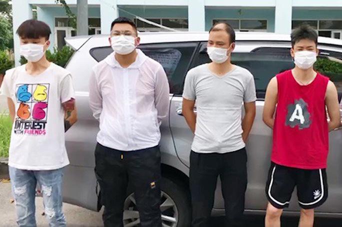 Bắt 5 người Trung Quốc nhập cảnh trái phép trước khi lên máy bay chặng Hà Nội - TP HCM - Ảnh 1.