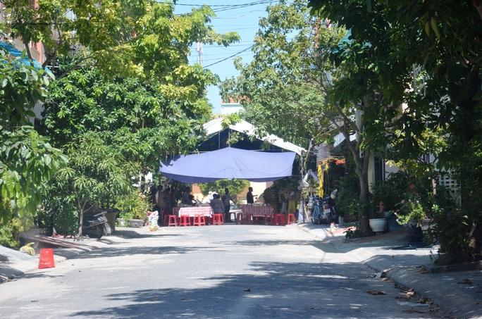 Nhiều lãnh đạo, cán bộ của Quảng Bình tử vong trong vụ lật xe thảm khốc - Ảnh 2.
