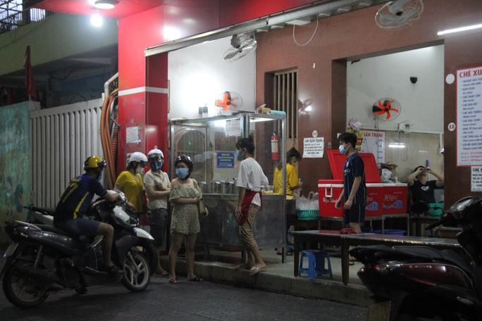 Chùm ảnh, clip: Đà Nẵng trước giờ G thực hiện cách ly xã hội - Ảnh 16.