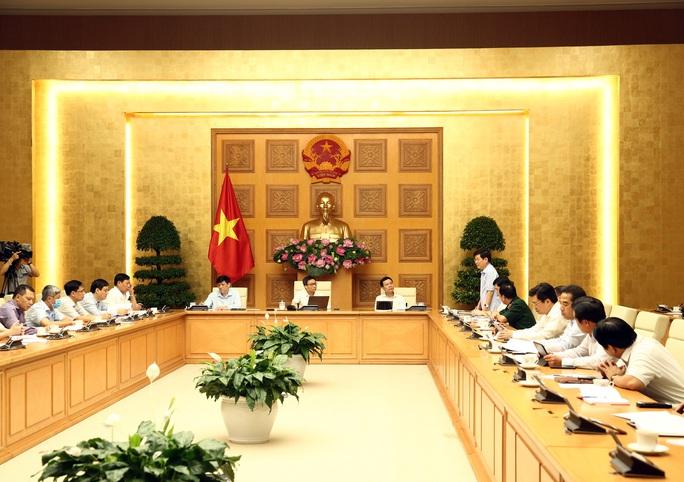 Người từ TP Đà Nẵng về/tới phải khai báo y tế, theo dõi sức khoẻ - Ảnh 2.