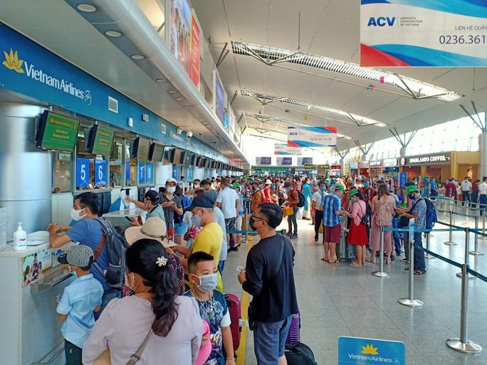 Đà Nẵng: Không thiếu vé tàu, xe cho du khách rời thành phố - Ảnh 2.