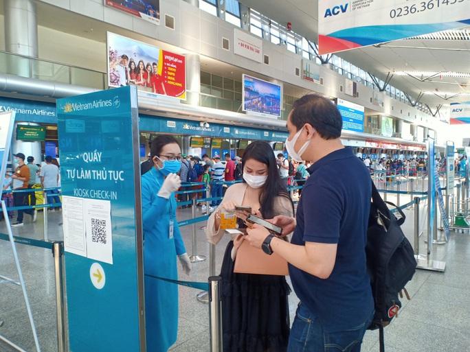 Đà Nẵng: Không thiếu vé tàu, xe cho du khách rời thành phố - Ảnh 3.