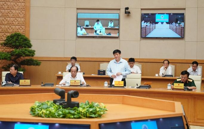 Quyền Bộ trưởng Y tế: Virus SARS-CoV-2 ở bệnh nhân Đà Nẵng là chủng mới xâm nhập - Ảnh 2.