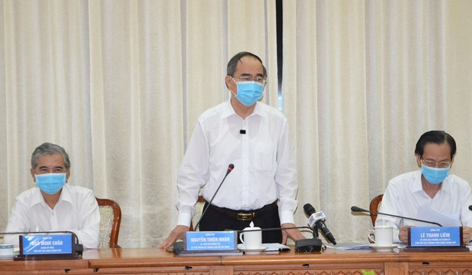 TP HCM xét nghiệm Covid-19 cho 1.359 người từ Đà Nẵng - Ảnh 1.