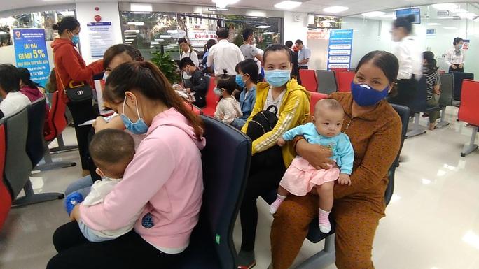 Sáng 28-7, đưa 2 trung tâm tiêm chủng tại miền Đông và miền Trung vào hoạt động - Ảnh 1.