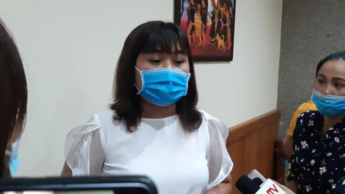 Chưa tìm được xe khách chở nữ sinh viên mắc Covid-19 từ Đà Nẵng về Đắk Lắk - Ảnh 1.