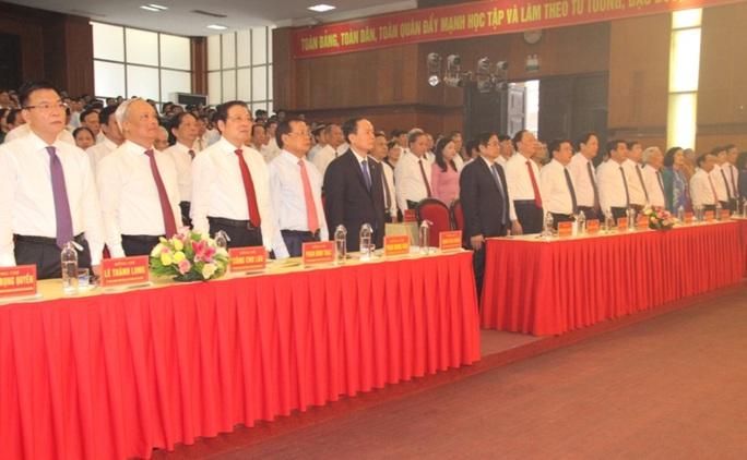 Ông Phạm Minh Chính dự lễ kỷ niệm 90 năm ngày thành lập Đảng bộ tỉnh Thanh Hóa - Ảnh 3.