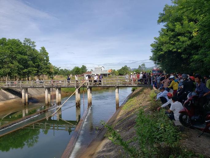 Quảng Nam: Tìm thấy thi thể học sinh chết đuối khi tắm kênh - Ảnh 2.