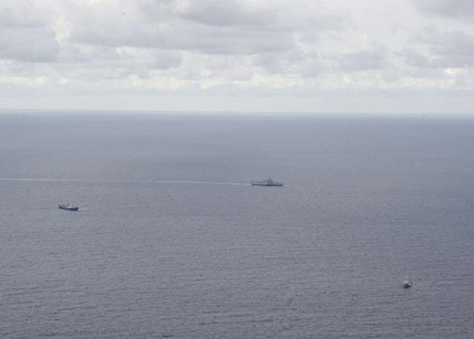 Trung Quốc cực kỳ khiêu khích ở biển Đông - Ảnh 1.