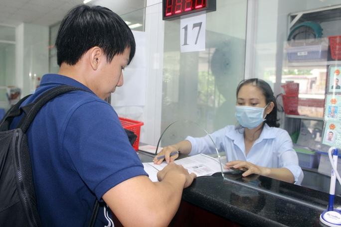 Bảo hiểm thất nghiệp: Phao cứu sinh cho người lao động - Ảnh 1.