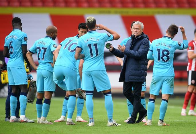 Thua thảm tân binh, Tottenham vỡ mộng dự cúp châu Âu - Ảnh 6.