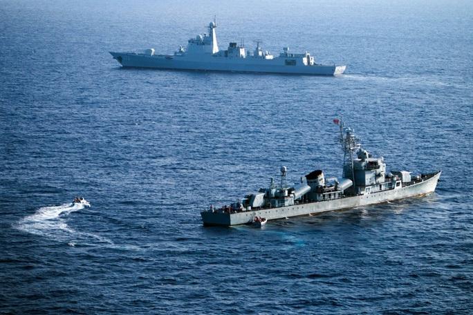 Bộ Quốc phòng Mỹ chỉ trích Trung Quốc tập trận trên biển Đông - Ảnh 1.