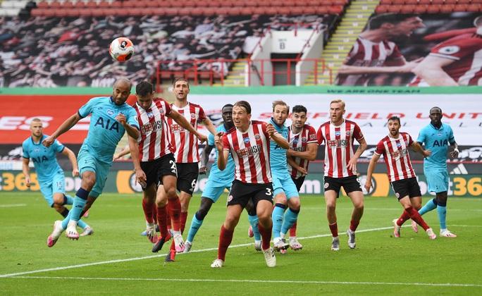 Thua thảm tân binh, Tottenham vỡ mộng dự cúp châu Âu - Ảnh 1.