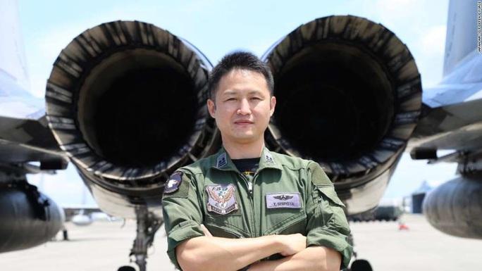 Không quân Nhật đón lõng chờ máy bay quân sự Trung Quốc - Ảnh 2.