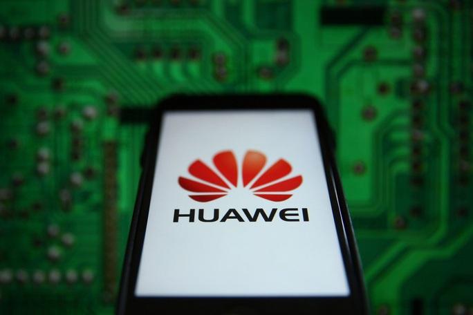 Mỹ cảnh báo hợp tác với Huawei sẽ phải trả giá - Ảnh 1.