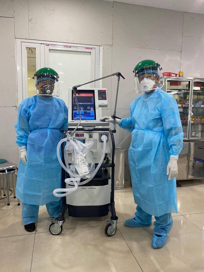 Bác sĩ Bệnh viện Chợ Rẫy tiếp tục lên đường chi viện cho Đà Nẵng - Ảnh 3.