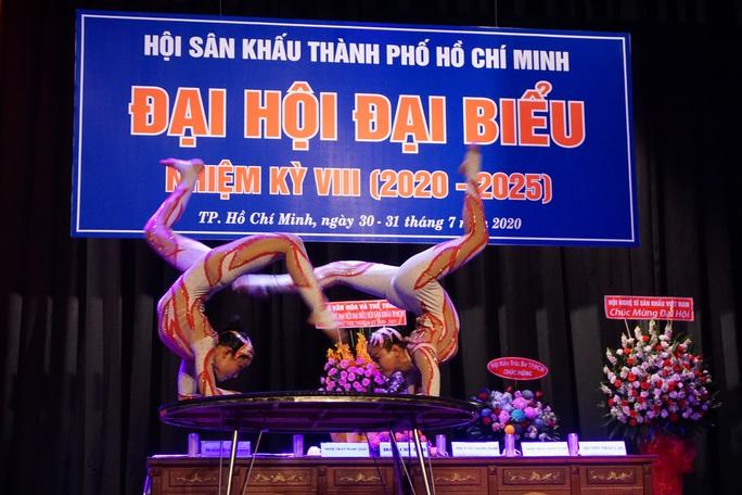 NSƯT Kim Tử Long, Cát Tường, Hạnh Thúy bày tỏ nỗi lòng tại Đại hội Sân khấu TP HCM - Ảnh 18.