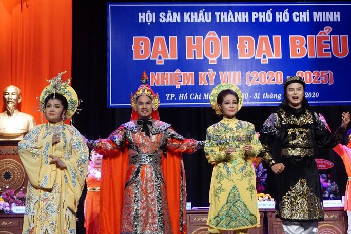 NSƯT Kim Tử Long, Cát Tường, Hạnh Thúy bày tỏ nỗi lòng tại Đại hội Sân khấu TP HCM - Ảnh 16.