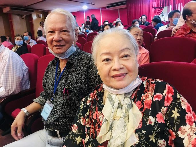 NSƯT Kim Tử Long, Cát Tường, Hạnh Thúy bày tỏ nỗi lòng tại Đại hội Sân khấu TP HCM - Ảnh 9.