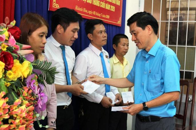 Khánh Hòa: Thực hiện tốt công tác chăm lo, bảo vệ người lao động - Ảnh 1.