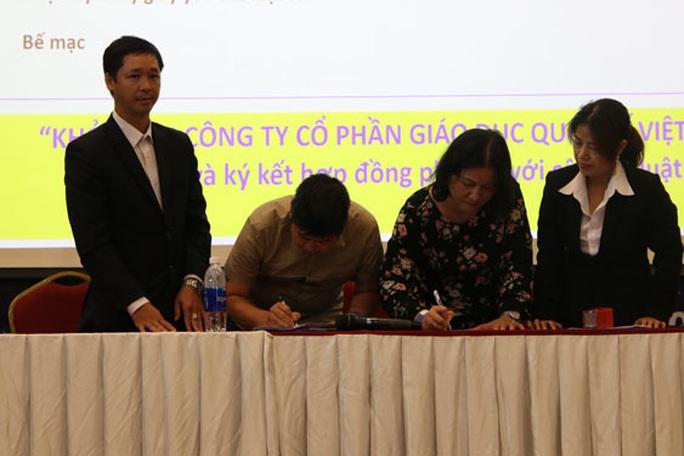 Trường Quốc tế Việt Úc thông báo đuổi học vì mâu thuẫn học phí: Học sinh bị tổn thương - Ảnh 1.