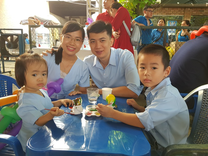 Tôn vinh  53 gia đình CNVC-LĐ văn hóa - hạnh phúc - Ảnh 1.