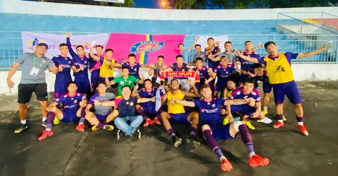 Sài Gòn FC lên đầu bảng, SLNA thua 3 trận liền - Ảnh 2.