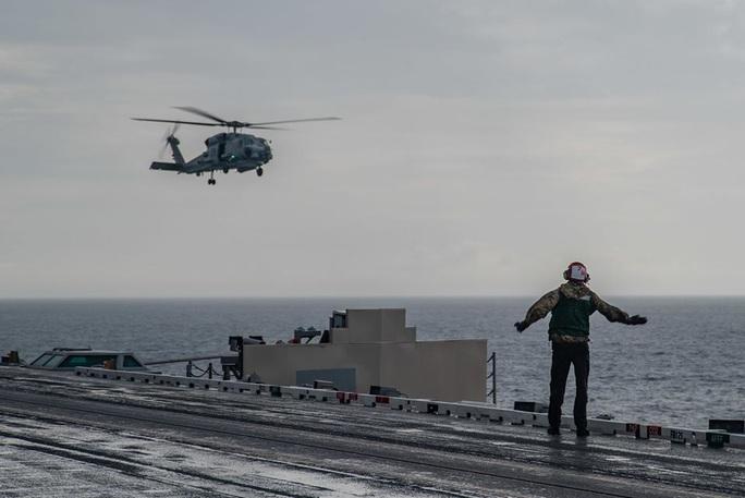 Những hình ảnh đầu tiên của cuộc tập trận Mỹ ở biển Đông - Ảnh 3.
