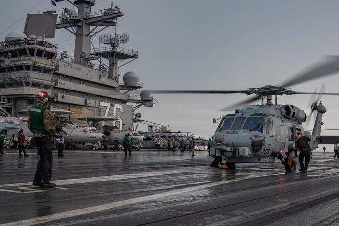 Những hình ảnh đầu tiên của cuộc tập trận Mỹ ở biển Đông - Ảnh 5.