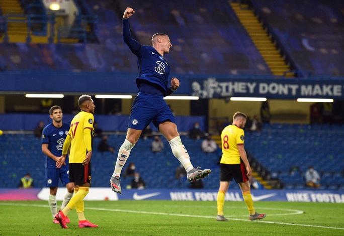 Chelsea, Leicester thắng 3 sao, sân cỏ Ngoại hạng Anh nóng rực - Ảnh 5.
