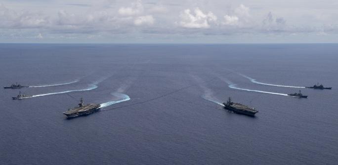 Mỹ tập trận rầm rộ ở biển Đông, gửi cảnh báo đến Trung Quốc - Ảnh 2.