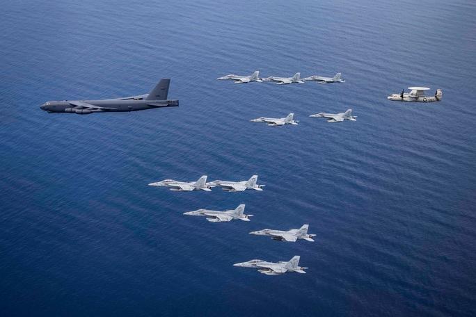 Mỹ tập trận rầm rộ ở biển Đông, gửi cảnh báo đến Trung Quốc - Ảnh 15.