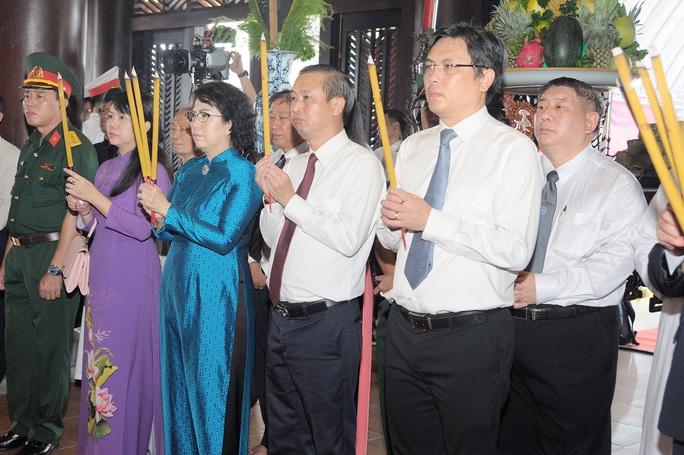 TP HCM tổ chức Lễ giỗ Đức Lễ Thành hầu Nguyễn Hữu Cảnh - Ảnh 1.